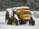 טקטור מכוסה שלג