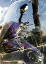 תמונה של אופנוע סגול | תמונות