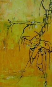 אשה בצהוב