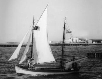 תל אביב 1939 סירת מפרש