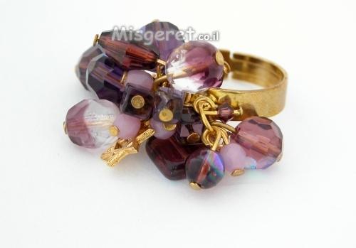 טבעת חרוזים סגולה