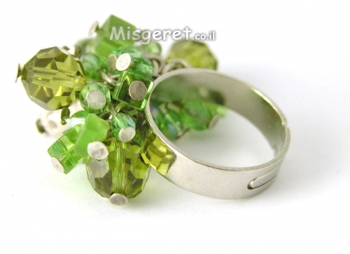 טבעת חרוזים ירוקה
