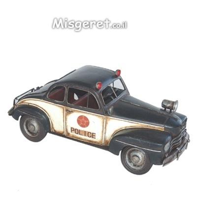 רכב משטרה עתיק קטן