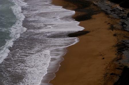 גלים בצבע