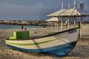 סירה בחוף דור