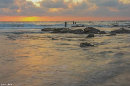 ים בשקיעה