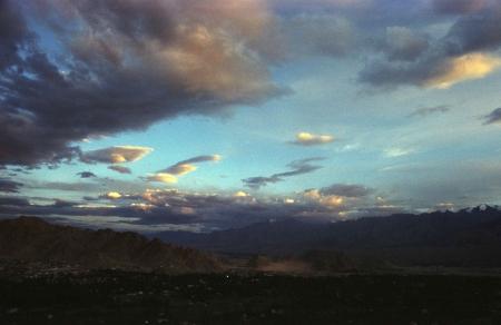 עננים ברוח