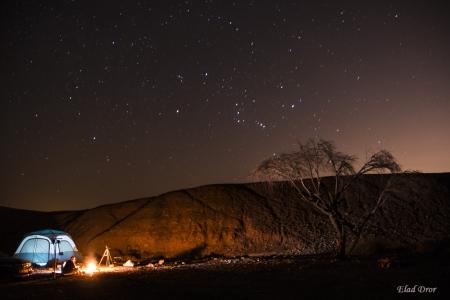 קמפינג במדבר