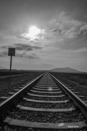 מסילה בעמק