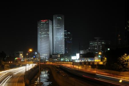 תל-אביב בלילה