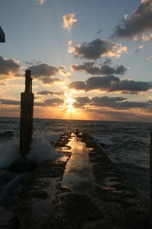 מול הים