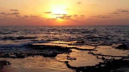 שלווה על המים