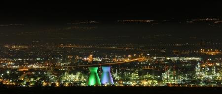 המפרץ בלילה