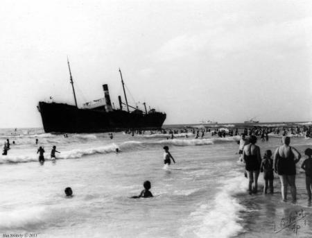תל אביב 48 אוניה על שרטון