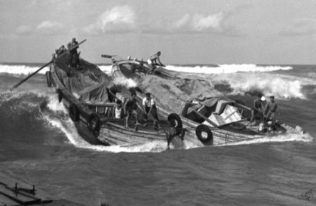 תל אביב 1937 - צמד סירות