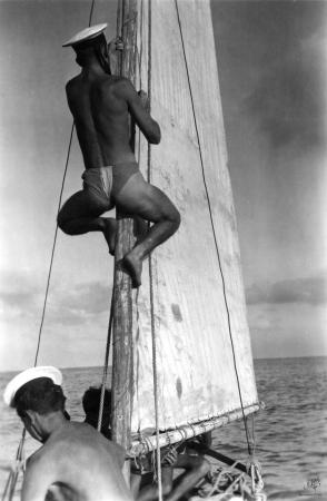 תל אביב 1939 מטפס על תורן