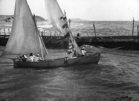 תל אביב 1937 סירת מפרש