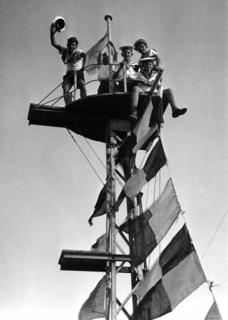 תל אביב 1939 בראש התורן