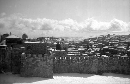 ירושלים העתיקה 1942 שלג