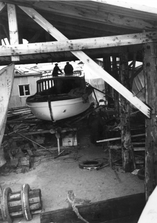 תל אביב 1937 שיפוץ סירה