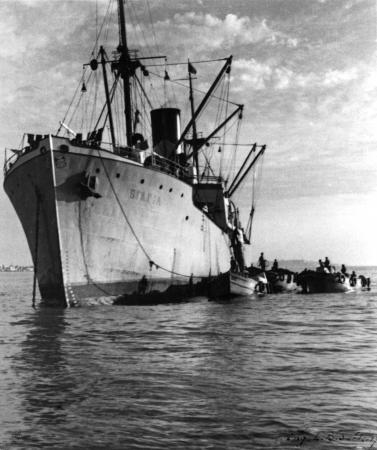 תל אביב 1937 אוניה בנמל