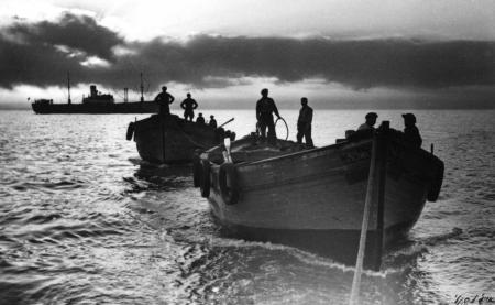 תל אביב 1937 שקיעה בנמל