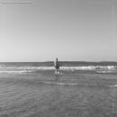 לבדי מול הים הגדול