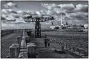 הנמל בשחור לבן