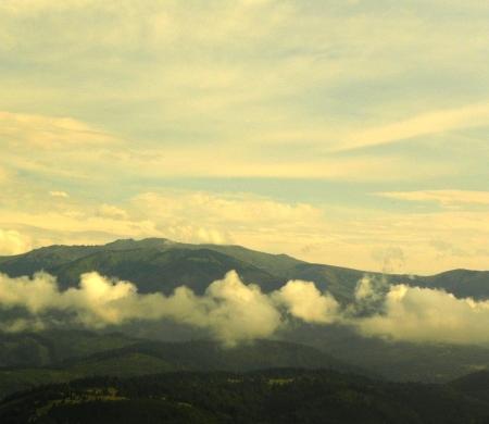 בגובה הענן