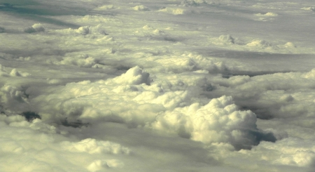 הקוטב הענני