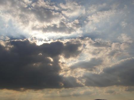 עננים של אור