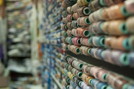 חוטים של צבעים
