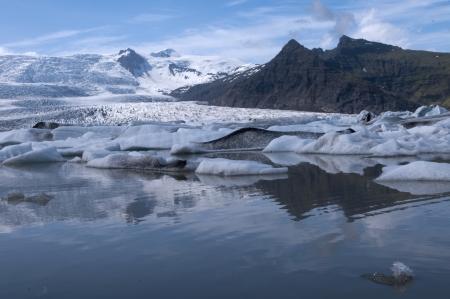 בין קרחונים