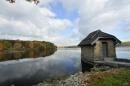 הבית על האגם