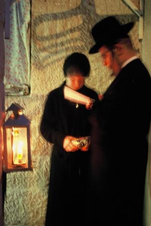 אינטימיות - הדלקת נרות