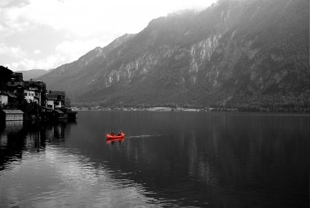 סירה באגם