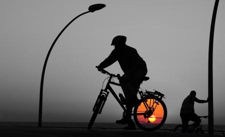 רוכבים עם השמש