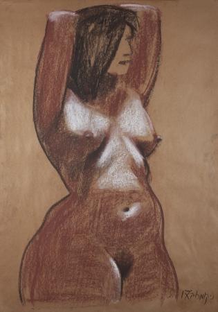 אישה ערומה עומדת