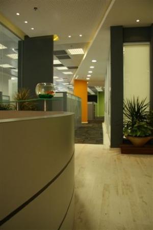 עיצוב של משרדי חברת הייטק -קמינריו | עיצוב פנים