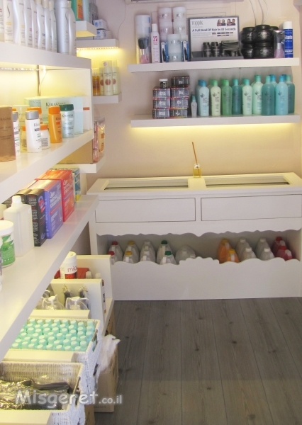 עיצוב חנות קטנה למוצרי שי