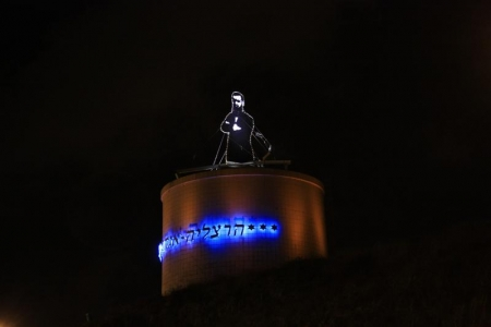 עיצוב של פסל הרצל בכניסה להרצליה   עיצוב פנים
