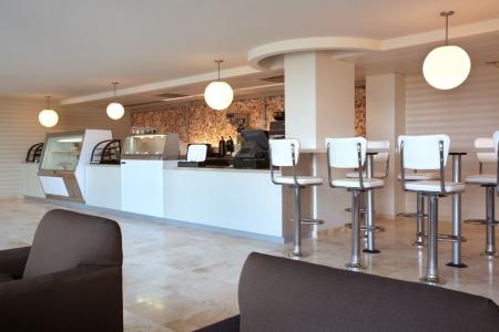 בתי קפה ומסעדות