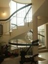 עיצוב של גרם מדרגות בבית פרטי בדני | עיצוב פנים