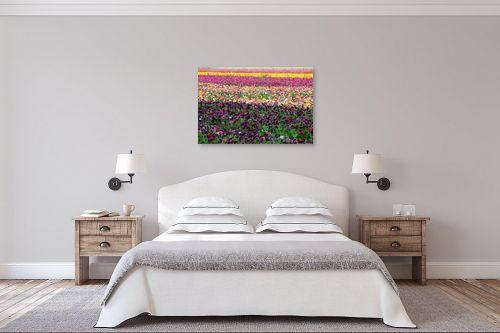 תמונה לחדר שינה - אייל הצפון - סגול כהה - מק''ט: 147334
