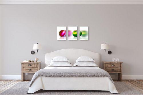 תמונה לחדר שינה - ויקטוריה רייגירה - כדורים נעים - מק''ט: 203328