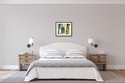תמונה לחדר שינה - חיה וייט - דלת בגן - מק''ט: 213113