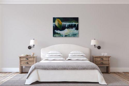 תמונה לחדר שינה - שרה וולקוב - על יד מפל מים - מק''ט: 236310
