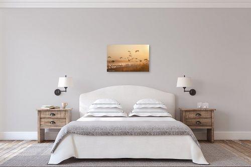 תמונה לחדר שינה - איזבלה אלקבץ - עגורים בזריחה - מק''ט: 267097
