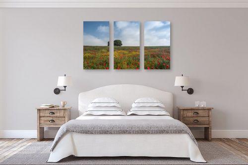 תמונה לחדר שינה - דורית ברקוביץ - לבד בין הפרחים - מק''ט: 282525