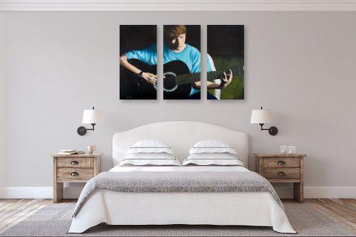 תמונה לחדר שינה - נריה ספיר - הנער והגיטרה - מק''ט: 284496